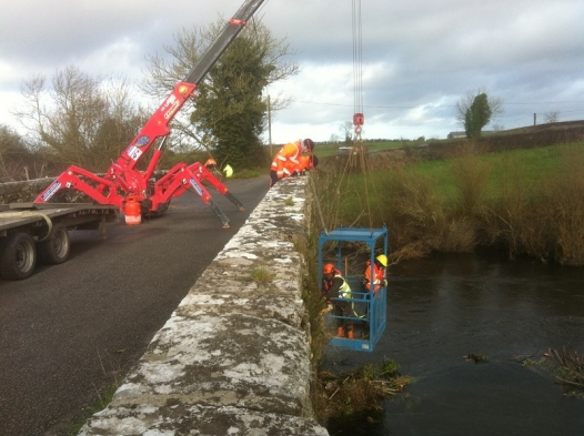 Mini Crane Hire Ireland - Small Spider Crane Hire, Track Crane Hire